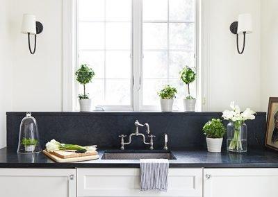 A faucet in a mudroom
