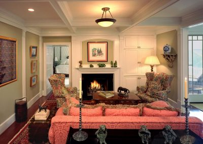 Sitting room with fireplace